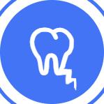 Большое воспаление (киста) в области удаляемого зуба.